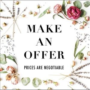 Offer or bundle! 🛍🛍🛍